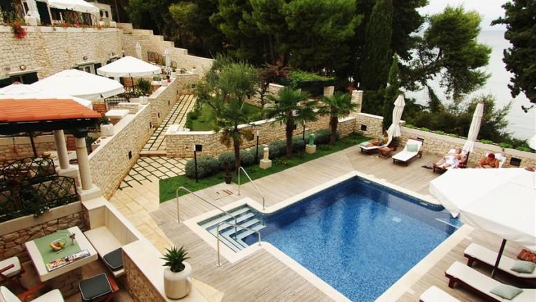 croatia_dalmatia_split_supetar_aparthotel_bracka_perla_002