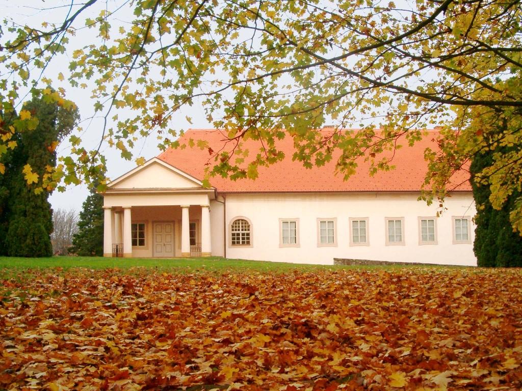 Dvorac Orsic - Muzej seljackih buna u Gornjoj Stubici 03