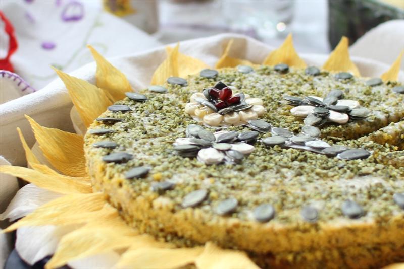 Torta od bucinih koštica (Medium)