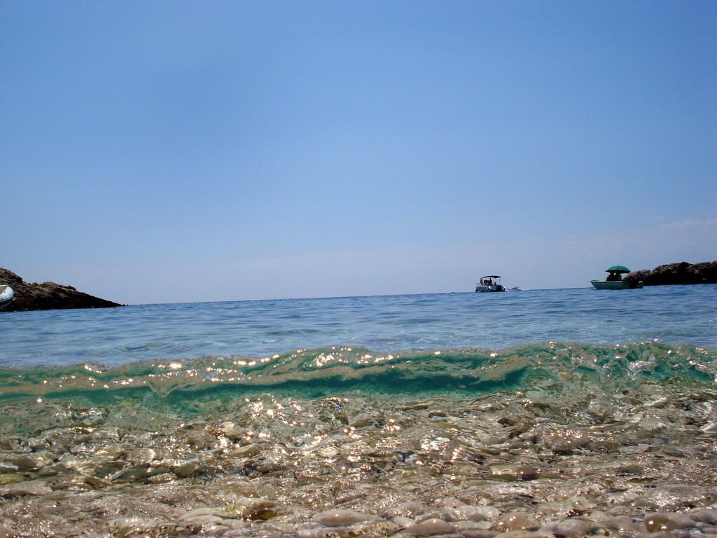 hvar-piscena-beach
