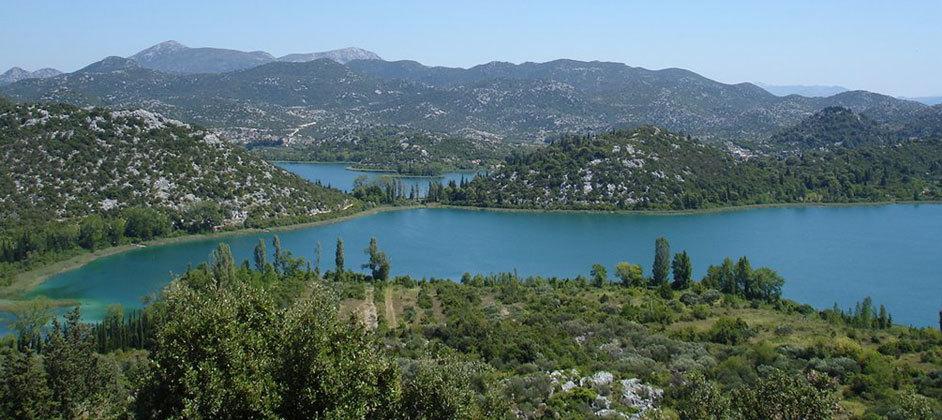 bacina_lakes-942-420