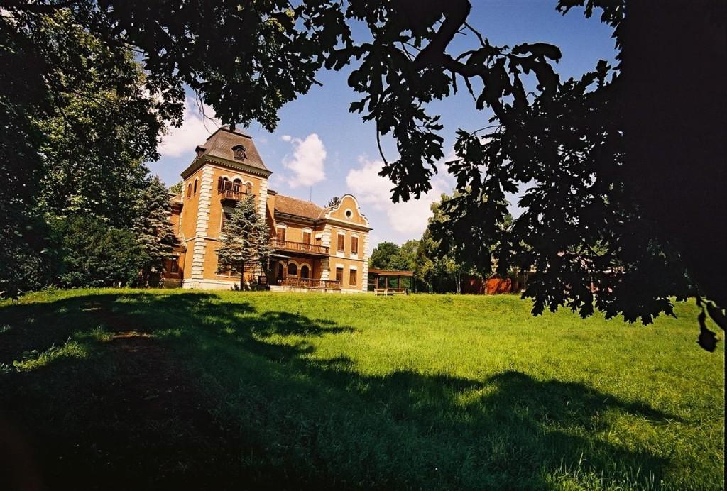 dvorac-tikves-optimizirano-za-web-mario-romulic-i-drazen-stojcic