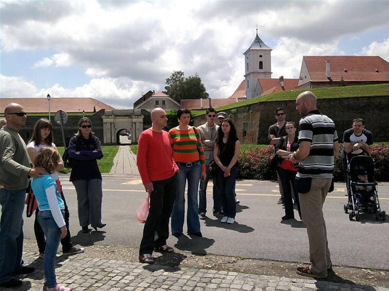 Osijek grupa Tvrda zidine (Medium)