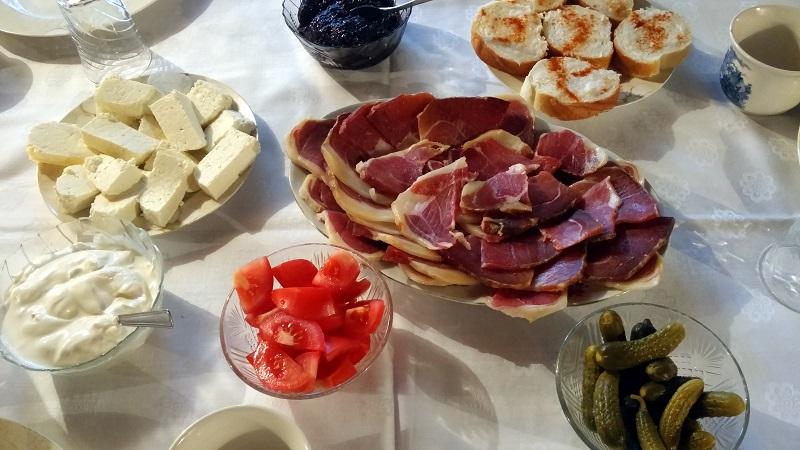 Slavonski doručak - Markovi kućari Županja