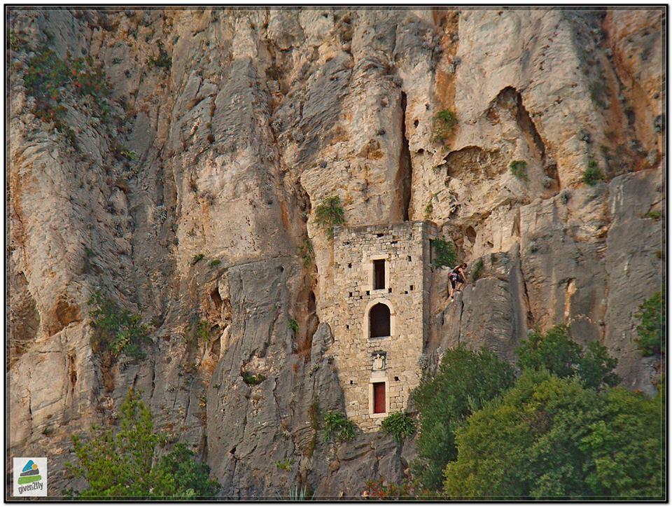 rock climbing_split_croatia_given2flyadventures