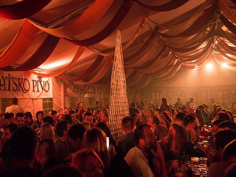 Dani prvog hrv piva 2015 piramida