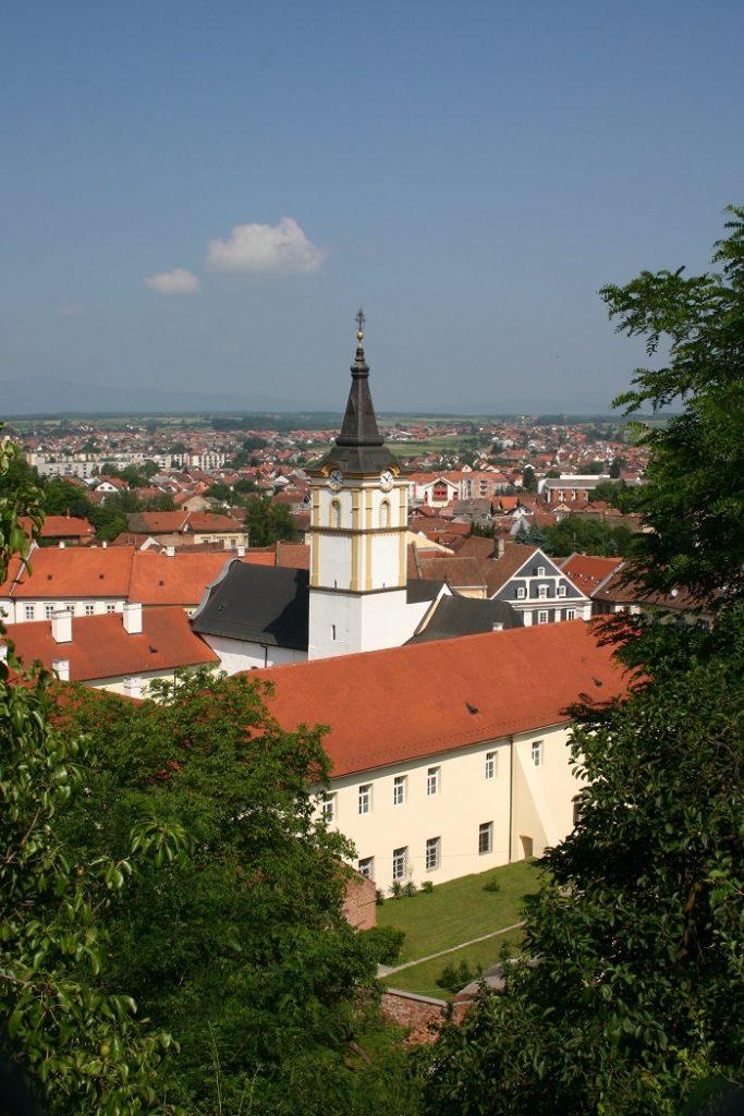 crkva-sv-duha-i-franjevacki-samostan-pozega