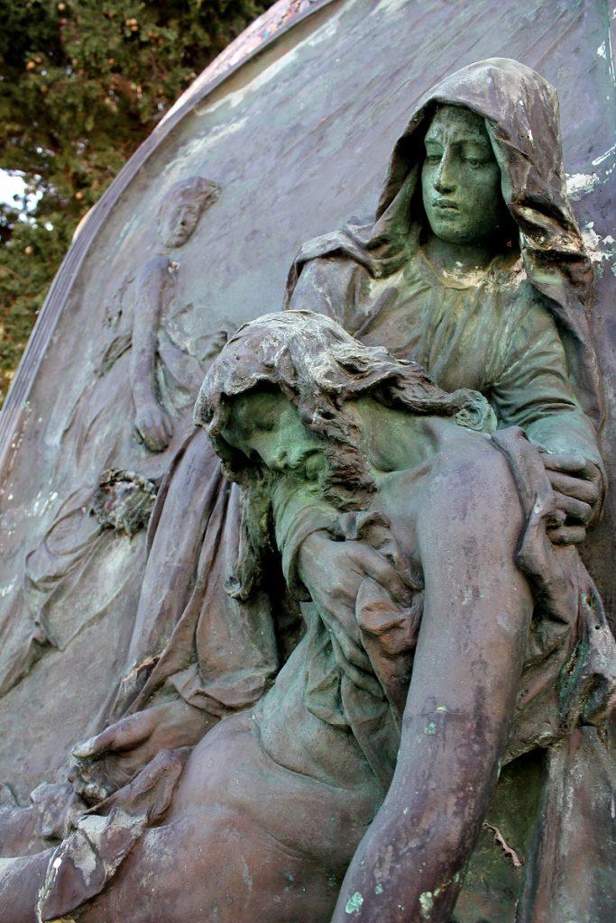011-1-rendiceva-pala-na-supetarskom-groblju