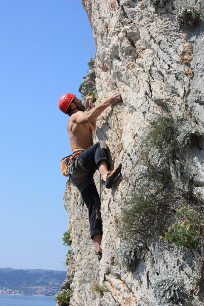rock-climbing-in-split-with-given2fly-adventures-gyg1